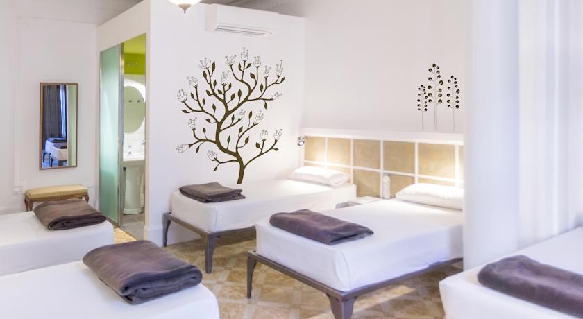 Casa Gracia Barcelona Hostel