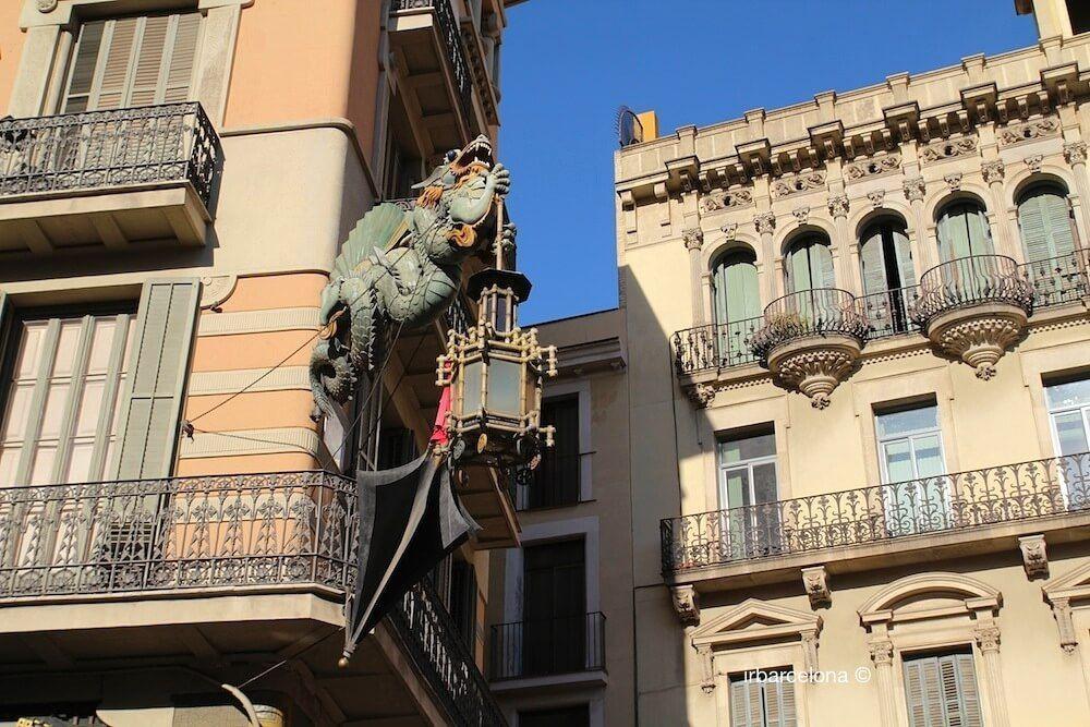 dragon Casa Bruno Cuadros