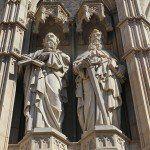 Cathedral facade sculptures