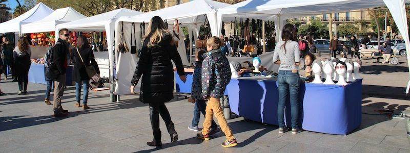 Handicrafts fair La Barceloneta