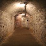 Refugi 307 tunnels