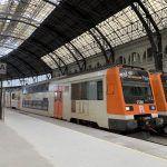 trains at França Railway Station