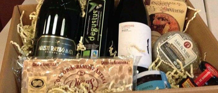 Prize draw to win a Christmas hamper full of gourmet products from Catalunya