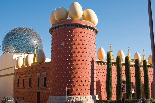 Dalí's Figueres and Girona Tickets