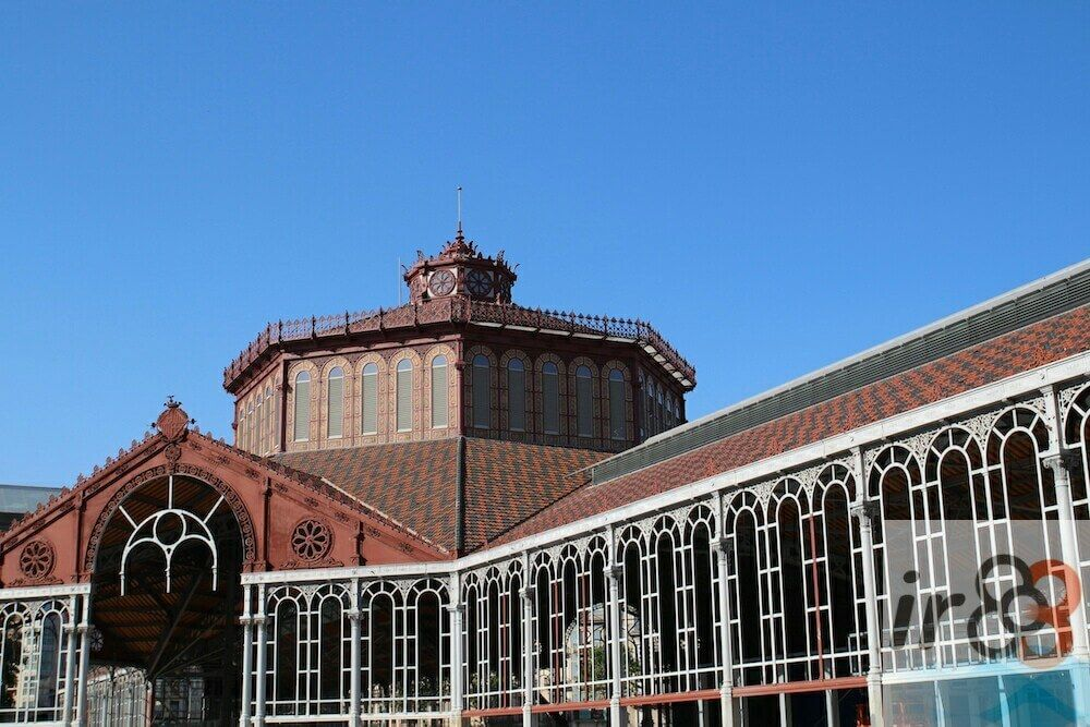 iron structure of the Sant Antoni market